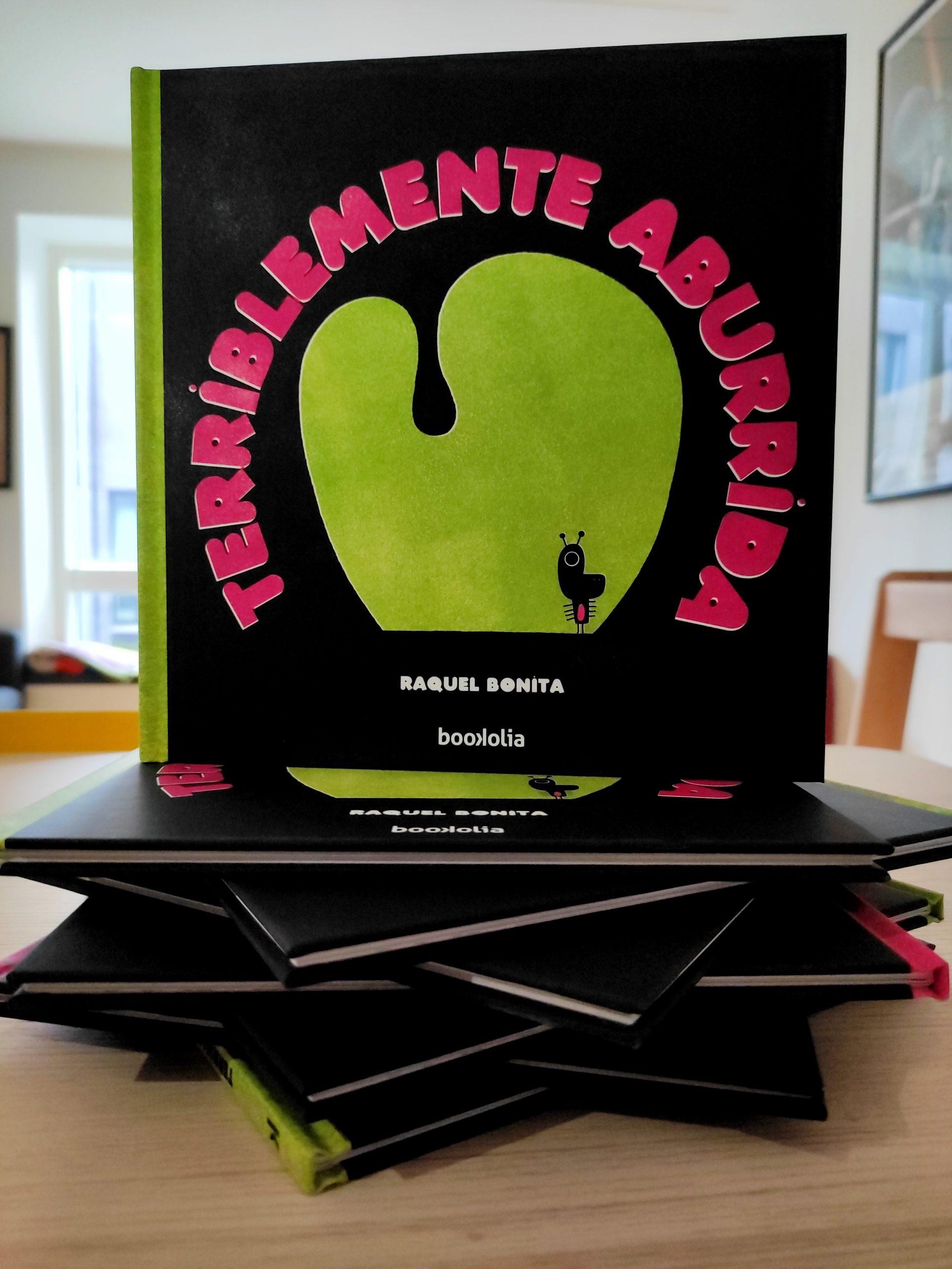 Terriblemente aburrida - Foto - Raquel Bonita